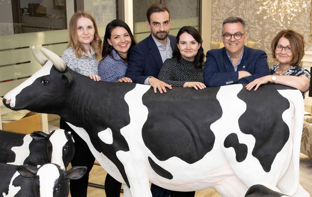 Maitotuotteiden lyhyt matka pellolta ruokapöytään